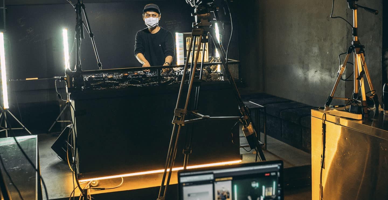 DJ live streaming
